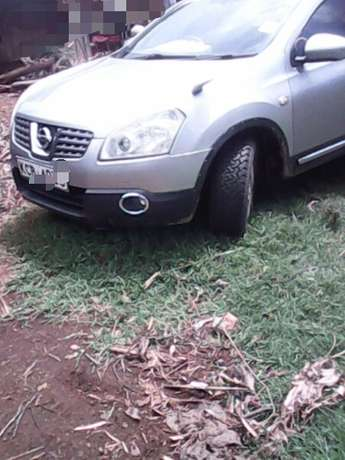 Hi selling Nissan Dualis lady owned car very clean BuruBuru - image 4