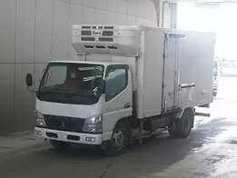 Mitsubishi canter freezer body