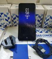 64GB Samsung Galaxy S8 plus with Charger
