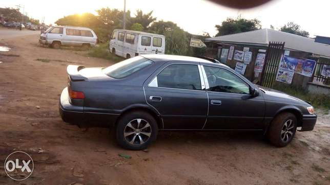 Superb and pimped clean Toyota camry for sale Ovia North East - image 3