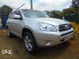 Toyota RAV4 - Very Clean