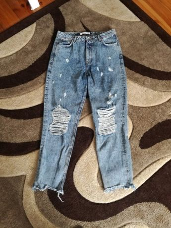 spodnie z przetarciami zara