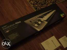 M-Audio Keystation 49es 49-key midi controller keyboard