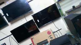 Brand new boxed ultra HD 32inch LG