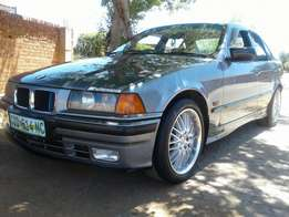 E36 318is for sale