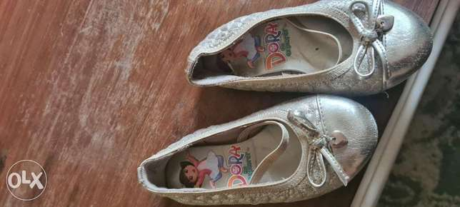 Girls sandal-used- size US7-payless