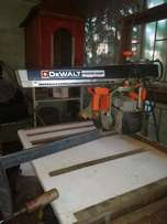 De Walt Cross cut saw