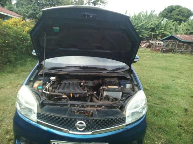 Very clean lady owned Nissan Lafesta for sale Parklands - image 4