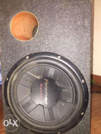 Pioneer Subwoofer with box cabinet- deep bass Westlands - image 2