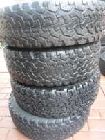 4xBF Goodrich A/T 235/70/16,3x50,1x80 percent tread!!