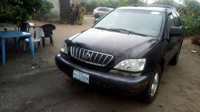 Extremely Neat Lexus Rx300 Agege - image 1