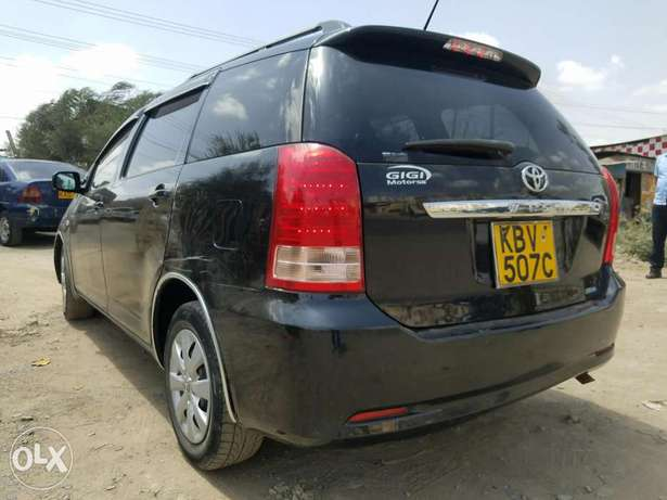 Toyota wish extremely clean,buy and drive Embakasi - image 3