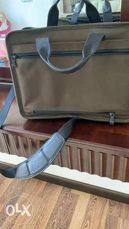 tumi lap top big size bag الرياض -  4