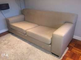 Coricraft couch for urgent sale