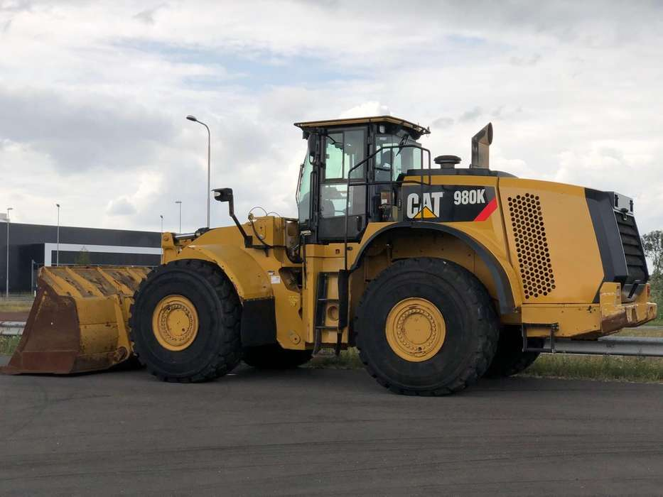 Caterpillar 980K wheel loader - 2013 - image 2