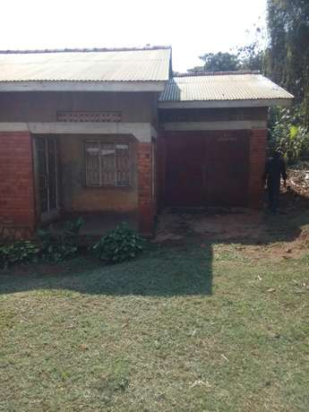 A house for sale at a give away price with in kireka Kampala - image 1