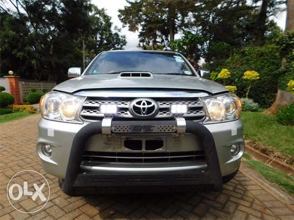 mint condition toyota fortuners Gigiri - image 1