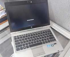 Hp 2560 corei5 laptop /4/320