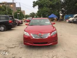 Toyota Camry SE clean