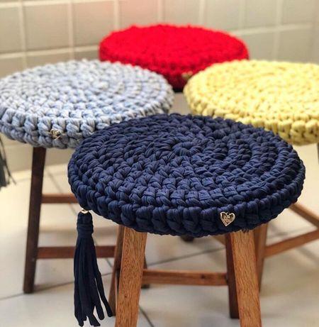 вязаные чехлы на кресла стулья пуфики из трикотажной пряжи Handmade