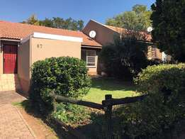 Lovely 2 bedroom, 1 bathroom unit with front and back garden