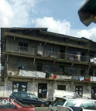Old 2 Story building at P.H Obio/Akpor - image 3