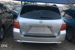 Super Clean Toyota Highlander For Sale