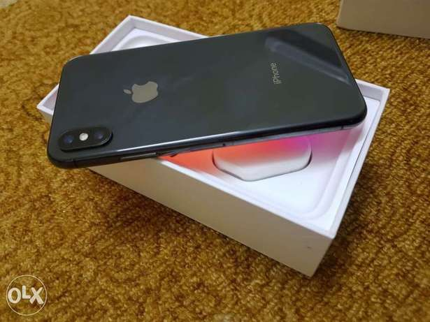 iPhone X 64 gb with box and all accessories brand new condition