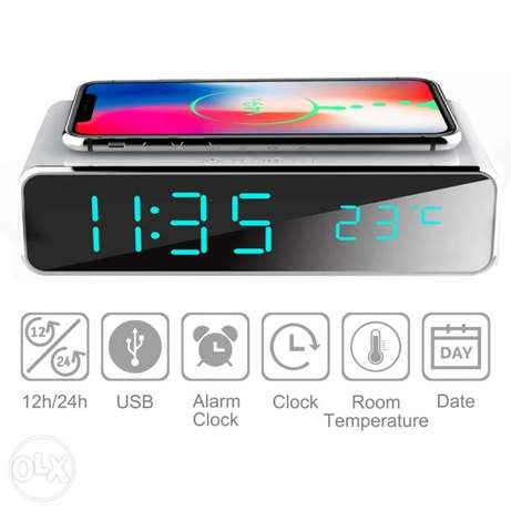 Electric LED alarm clock with phone wireless charger Desktop الرياض -  4