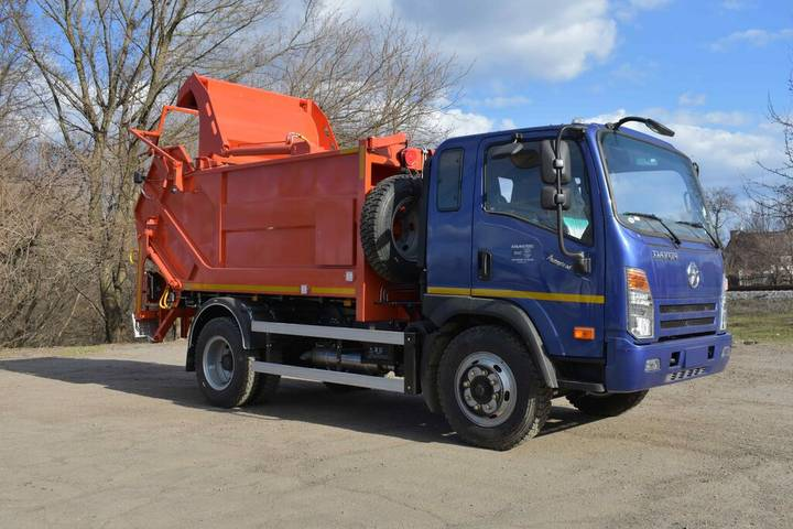New AT-4021 na shassi DAYUN CGC1120 garbage truck - 2019