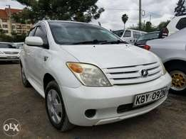 Toyota Ist in great condition. Buy and drive