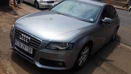 Audi A4 iSt with silvice book