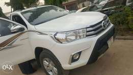 Toyota Hilux Full Option