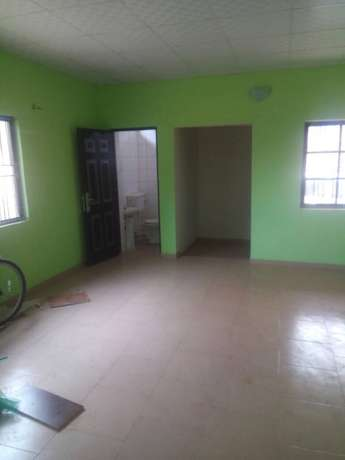 Lovely new 2/3Bedroom with wardrobes off Seliat Egbeda Idimu rd To Let Alimosho - image 4