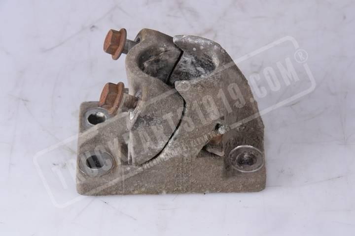 Renault Bracket mudguard  fasteners for truck