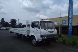 1992 Hino 10-135 with Dropsides