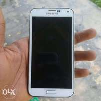 Fairly used Samsung galaxy S5 for sell