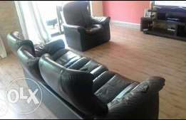 3+1 seater black leather seat from UK