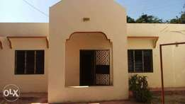 Medium spacious 2 Bedroom Bungalow to let in NYAli Behind Citymall