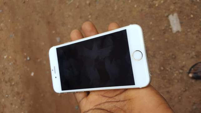 Mint 16gb gold UK used iPhone 6s for sale for low price Ibadan Central - image 6
