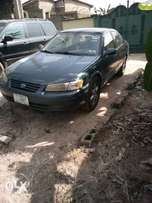 Toyota Camry first body very clean buy and drive one year used 1999