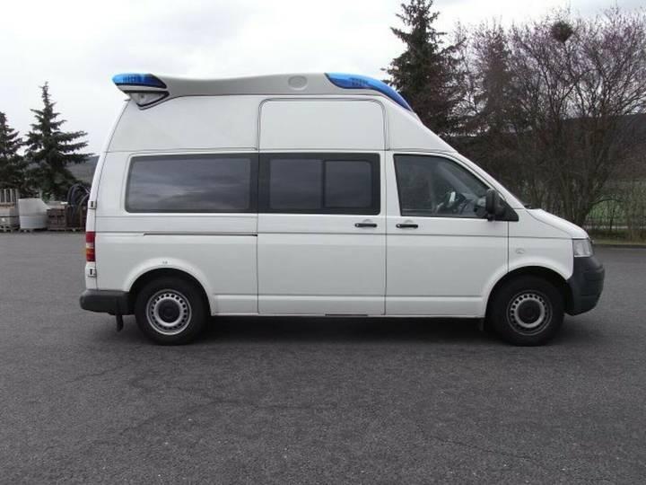 Volkswagen T5 Krankentransportwagen Kombi-Hochdach 2x vorh. - 2008 - image 4