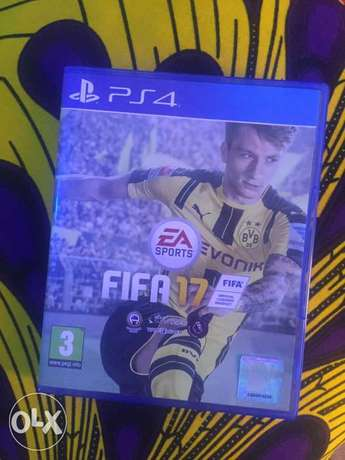 PS4 - FIFA 17 For Sale (Gwarinpa / Dawaki) Dawaki - image 1