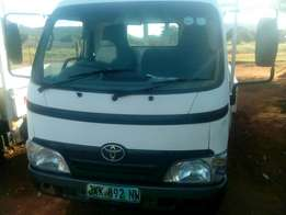 4 Ton Toyota Dyna for sale
