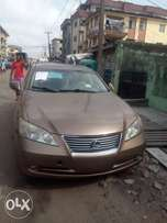 Direct tokunbo first body Lexus ES350 08 leather with full option