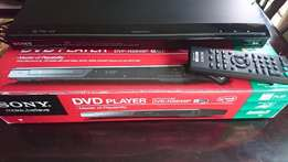 Bargain ! Demo model ! Boxed ! Sony DVP-NS648P DVD player with remote!