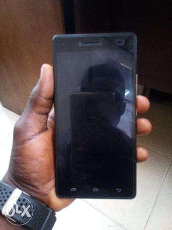 very neat Infinix hot 4 Lite with 2 months Gaurantee. Lagos - image 4