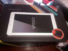 """Verssed 7"""" inch tablet with box"""