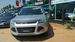 Ford Kuga 1.5 Ecoboost ambient Automatic R 220,000