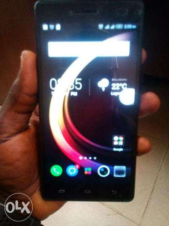 very neat Infinix hot 4 Lite with 2 months Gaurantee. Lagos - image 2